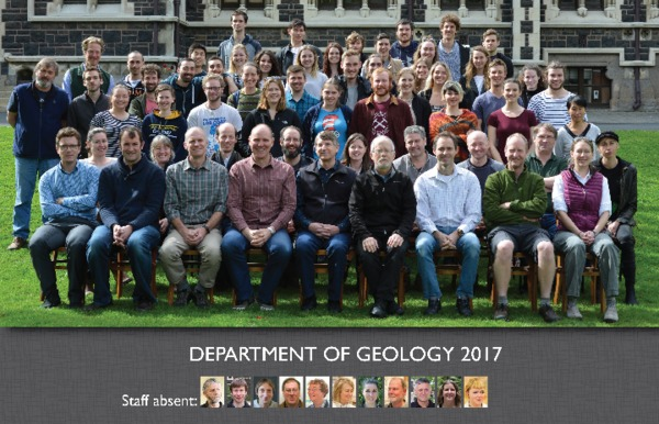 2017_geology_dept_photo-and-guide.pdf
