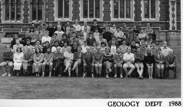 http://www.otago.ac.nz/geology/archive/geo2585.jpg